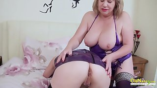 OldNannY Two Grown up Lesbians Luring Striptease