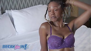 Uniquee Umami's Cougar Mom Sloppy Circa Holes Fucked