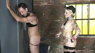 Candy Monroe plays with her male attendant nigh pretty rough modes