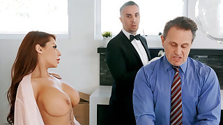 Horny chef is near to anal leman housewife