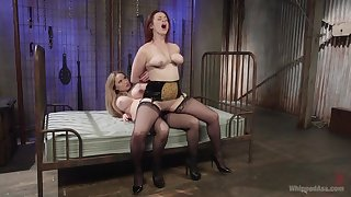 Ripsnorting strap-on porn for two heavy ass lesbians